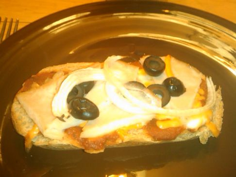 Individual Pizza with Turkey