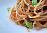 Spicy Garlic Peanut Noodles