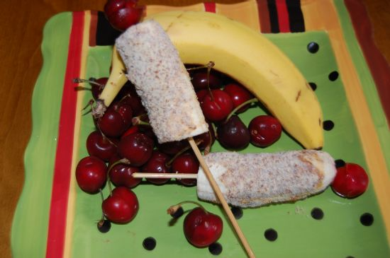 100-Calorie Banana Split Pops