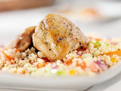 Quinoa con pollo (quinoa-chicken pilaf)