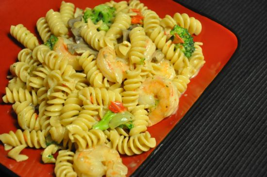 Healthy Creamy Shrimp Pasta