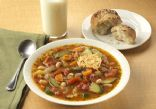 Slow Cooker Minestrone Soup (Not Vegetarian)