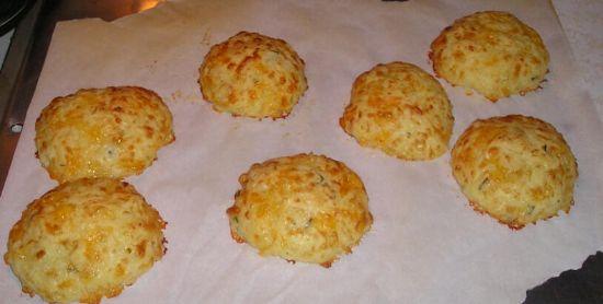 Gluten free Cheese Biscuits (Pao de Queijo)