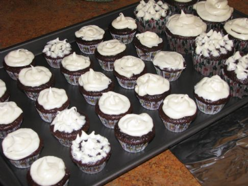 Moist Rich Chocolate Cupcakes with Vanilla Frosting