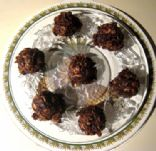 Chocolate, PB, Oatmeal Cookie Balls (No-Bake!)