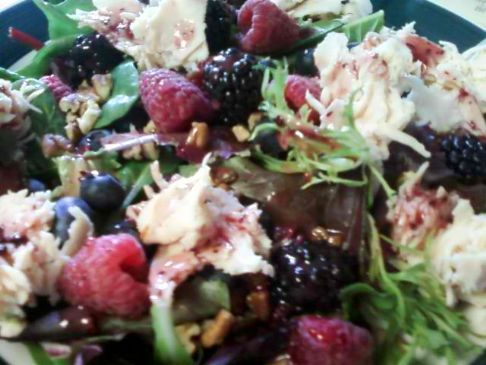 Mixed Berry Pecan Chicken Salad