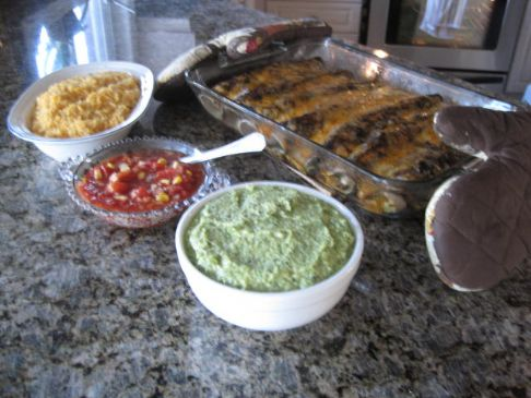 Chicken and Black Beans Enchiladas with Mole Sauce