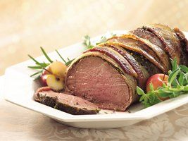 Bacon and Herb Crusted Beef Tenderloin **Low Carb