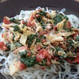 spinach, tomato, roasted red pepper pasta with sliced turkey
