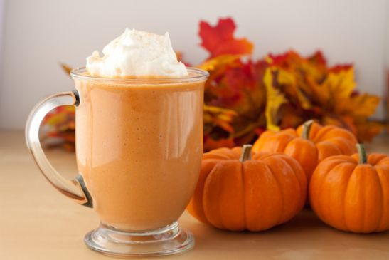 Pumpkin Spice Smoothie from Healthful Pursuits