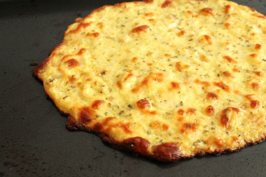 Low Carb Cauliflower Pizza