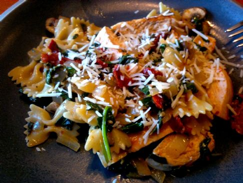 spinach and sun dried tomato pasta recipe by spotkat sparkrecipes