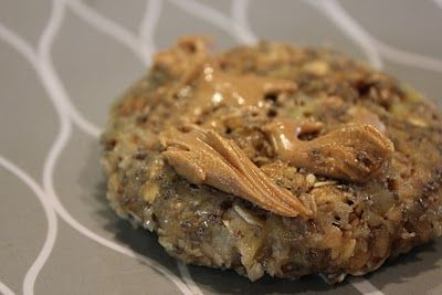 Microwave Banana Oat Cakes