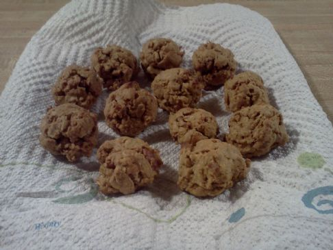 Steve's Basic Vegan Oatmeal-Peanut Butter cookies