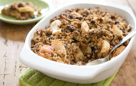 Breakfast: Cherry, almond & apple muesli