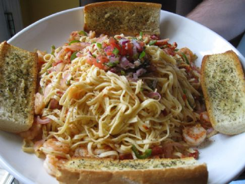 Spicy Jalepeno Shrimp Pasta and Toasted Baguette