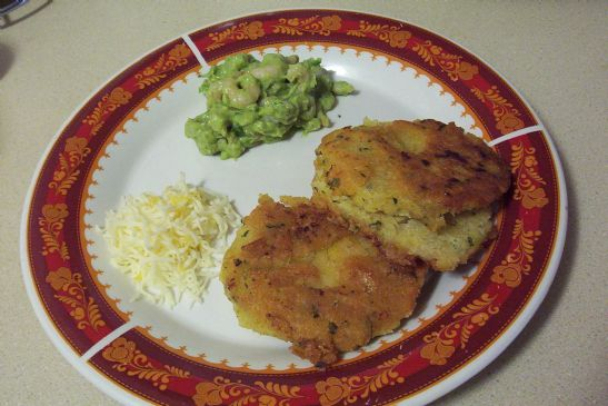 Arepas,  (ah-Ray-pahs) corn cakes 