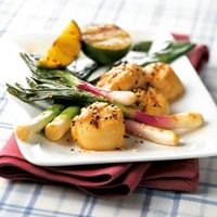 Soy Lime Scallops With Leeks