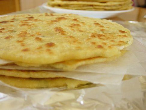 Daikon stuffed bread (mooli parantha)