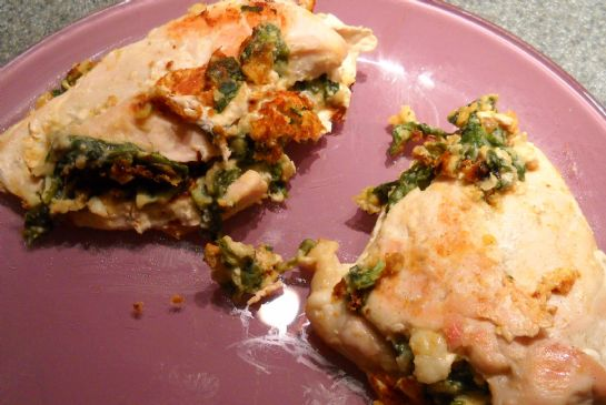 Hummus and Spinach Stuffed Chicken
