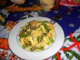 Huevos Revueltos con Nopales y Pimiento Verde