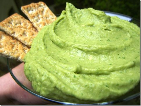 ... spinach avocado cannellini bean hummus is what would happen if hummus