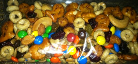 Healthy Trail Mix - Kid Friendly