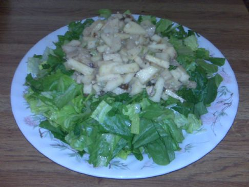 Apple, Pear & Pecan Salad : 6 Servings