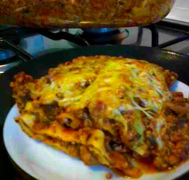 Ground Beef and Spinach Lasagne