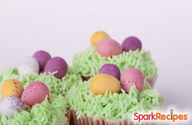 Vanilla Easter Grass Cupcakes