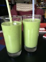 Apple Banana Green Smoothie