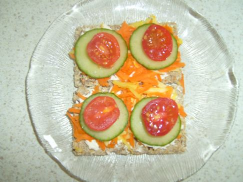 Cheese, Tomato and Carrot on Ryvita Crispbread
