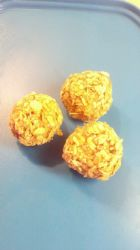 protein, oat and peanut butter snack balls
