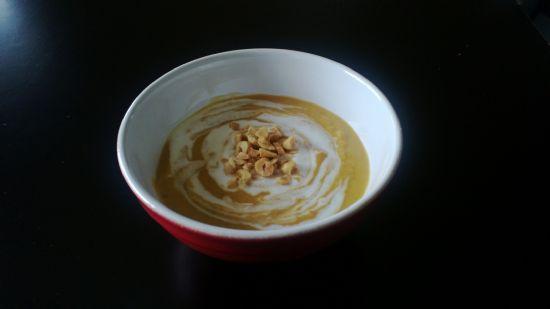 Spicy Curried Pumpkin Peanut Soup