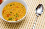 Ezogelin Corbası (Turkish Lentil and Bulgur Soup with Mint)
