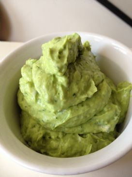 Crazy Creamy Avocado and Yogurt Dip