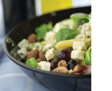 Salad with Blue Cheese and Fruit