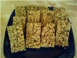 Rice Krispie peanut butter granola bars