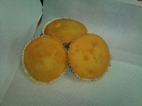victoria 39 s lemon sponge buns recipe sparkrecipes