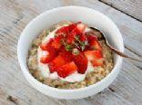healthy oatmeal berry parfait