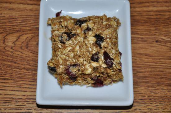Lauren�s Cranberry Granola Squares