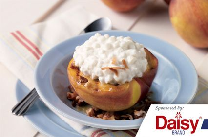 Grilled Peaches with Cottage Cheese from Daisy Brand�