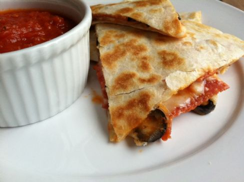Quesadilla Pizza