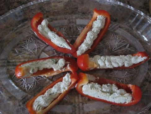 Bell Pepper wedges with Herbed goat cheese