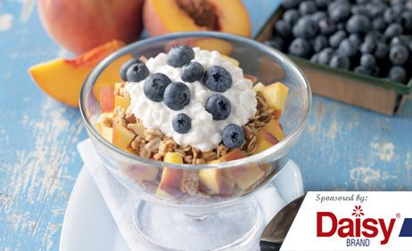 Peach Blueberry Parfaits from Daisy Brand�