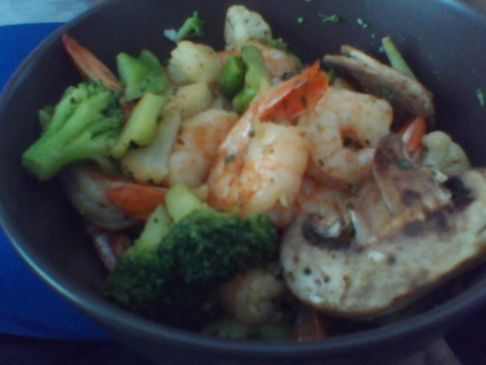 Shrimp, Broccoli, Cauliflower and Mushroom Sautee
