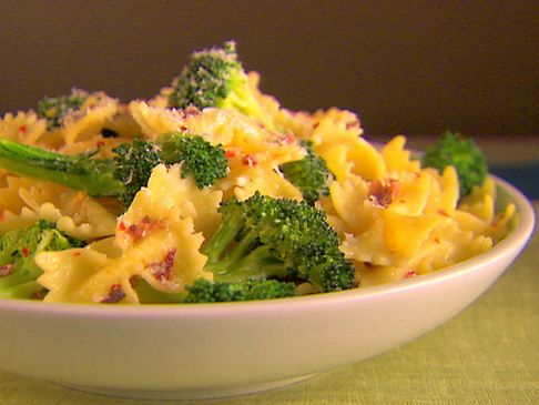 Farfalle with Broccoli flowerettes