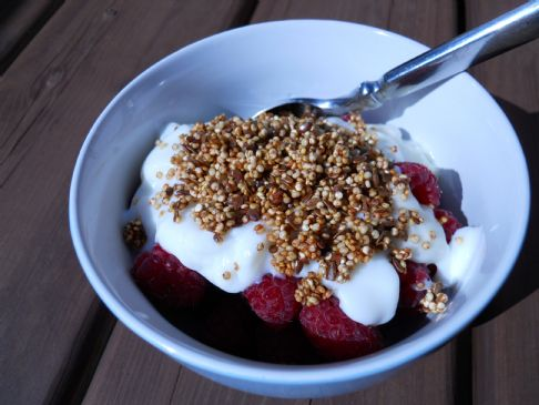 Jillian Michael's Quinoa Crunch Yogurt Topping (135 cals per 2 Tbsp) 