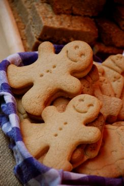 Image of Gingerbread Men (no Frosting), Spark Recipes