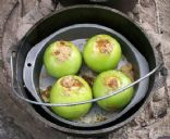 Dutch Oven Baked Caramel Apples
